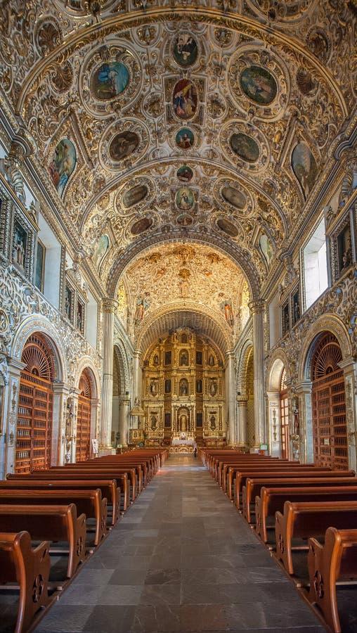 圣多明哥德古斯曼教会在瓦哈卡,墨西哥 库存图片