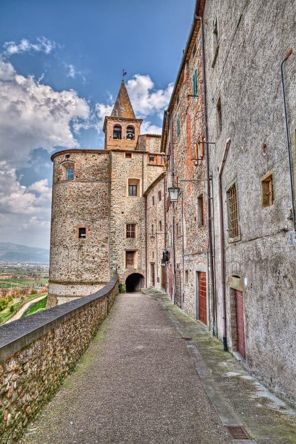 圣奥斯丁教会在安吉亚里,阿雷佐,托斯卡纳,意大利 免版税库存照片