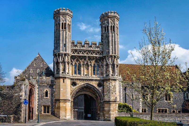 圣奥斯丁的修道院门在坎特伯雷,英国 修道院是f 库存照片