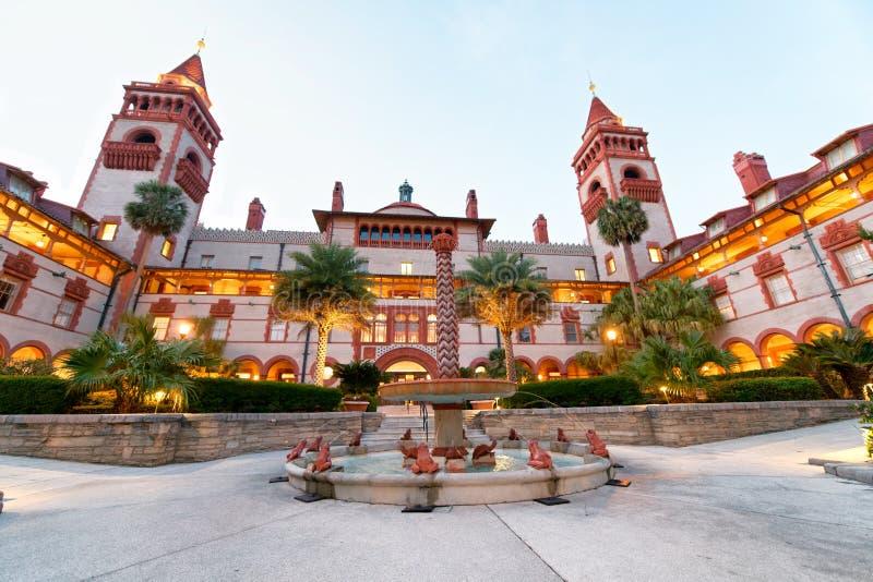 圣奥斯丁Flagler学院如被看见在日落,佛罗里达 图库摄影