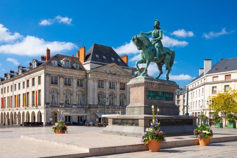 圣女贞德的纪念碑Place的du Martroi在奥尔良,法国 库存照片