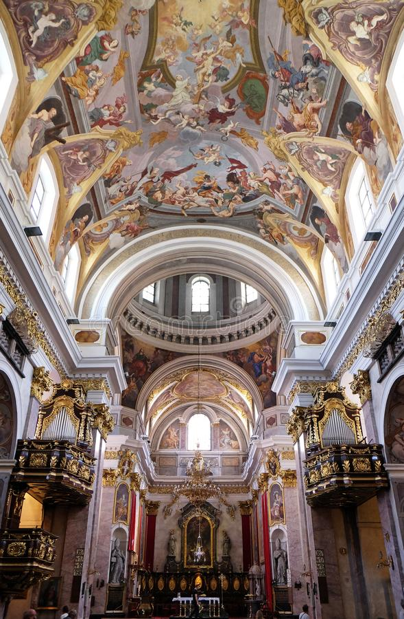 圣尼古拉斯大教堂在卢布尔雅那 免版税库存图片