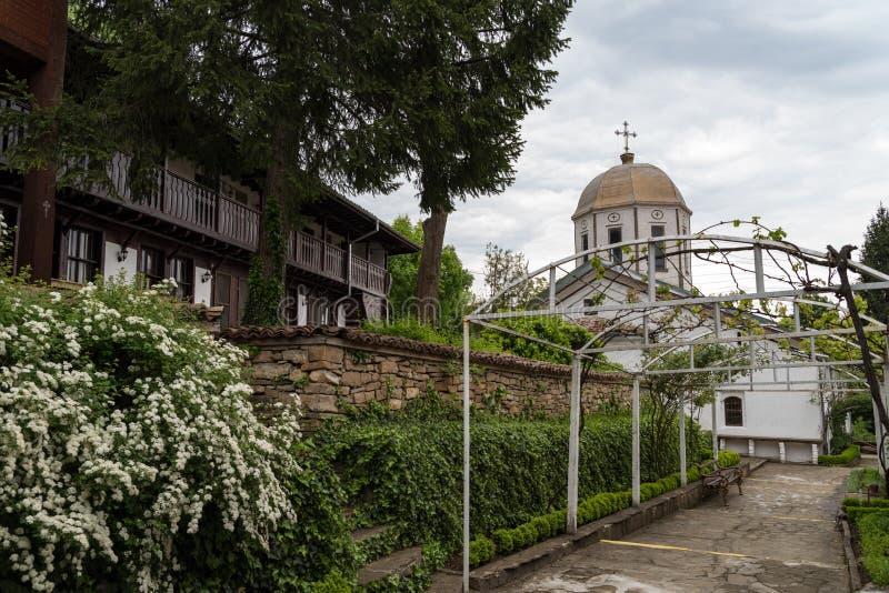 圣尼古拉斯女修道院在大特尔诺沃附近的Arbanasi 库存图片