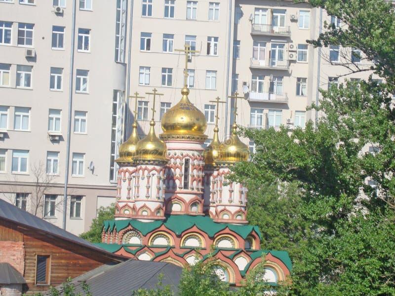 圣尼古拉斯教会的圆顶Bersenevka的 免版税图库摄影