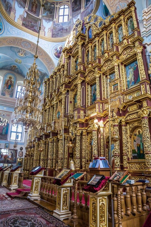 圣尼古拉斯教会的圣障和内部在莫吉廖夫 迟来的 库存图片