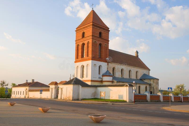 圣尼古拉斯教会,4月早晨 Mir,白俄罗斯 库存图片