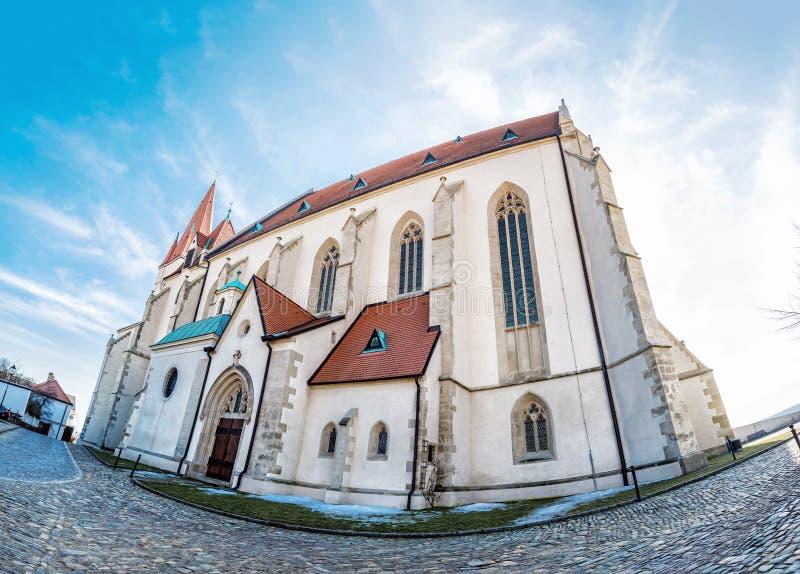 圣尼古拉斯`宅邸教会, Znojmo,白点 免版税库存照片