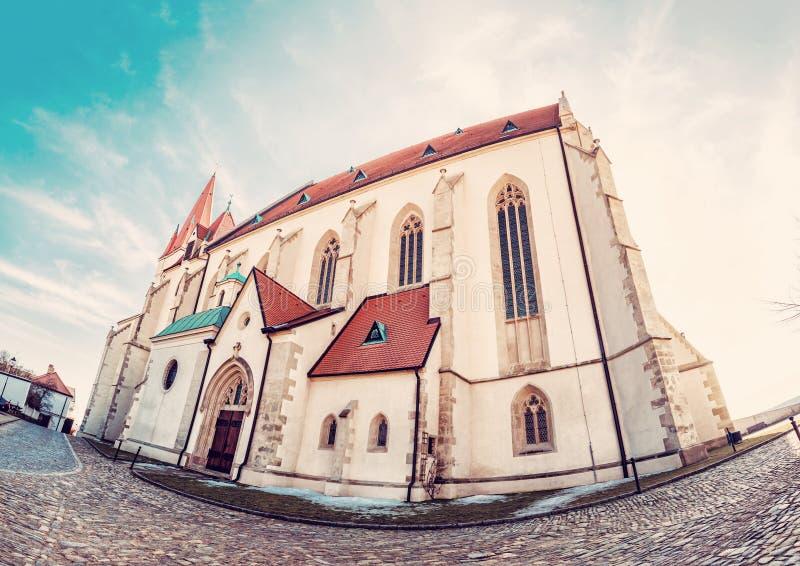 圣尼古拉斯`宅邸教会, Znojmo,白点 库存照片