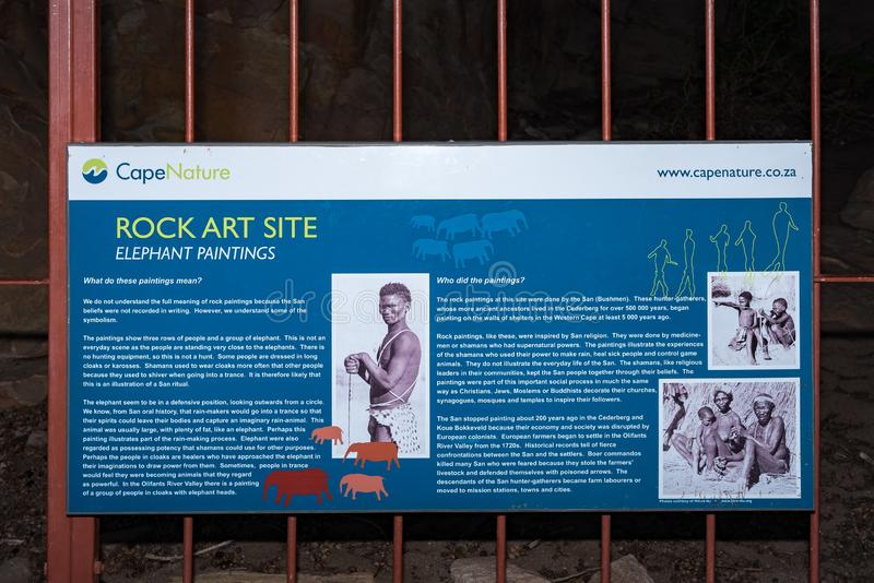 圣岩石艺术洞的信息委员会在Stadsaal洞 图库摄影