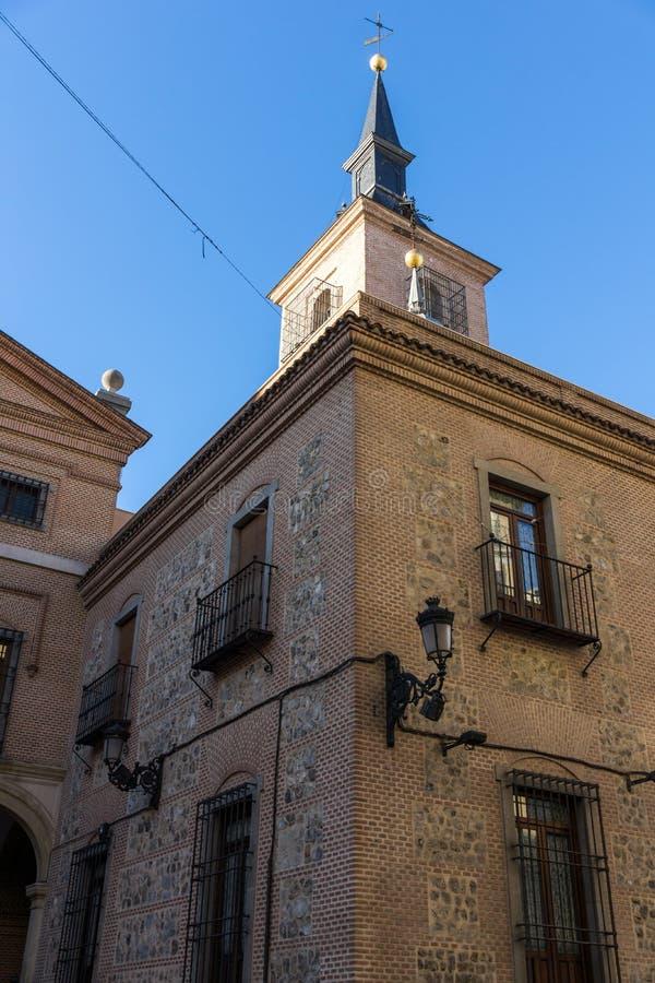 圣希内斯教会惊人的看法在市马德里,西班牙 库存照片
