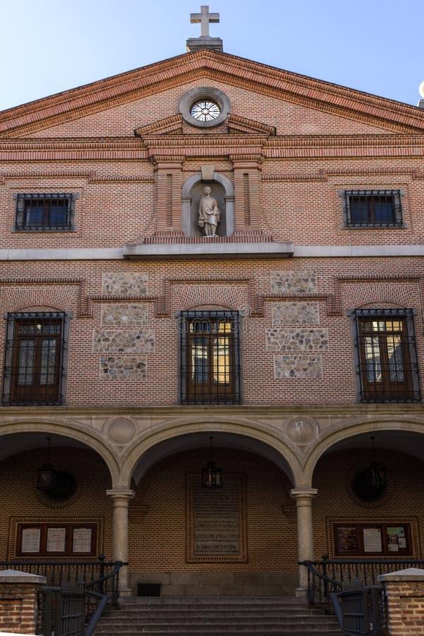 圣希内斯教会惊人的看法在市马德里,西班牙 免版税图库摄影