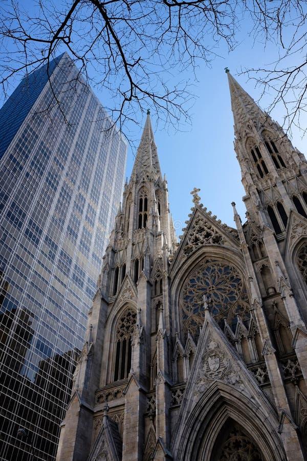 圣帕特里克` s大教堂在纽约 免版税库存图片