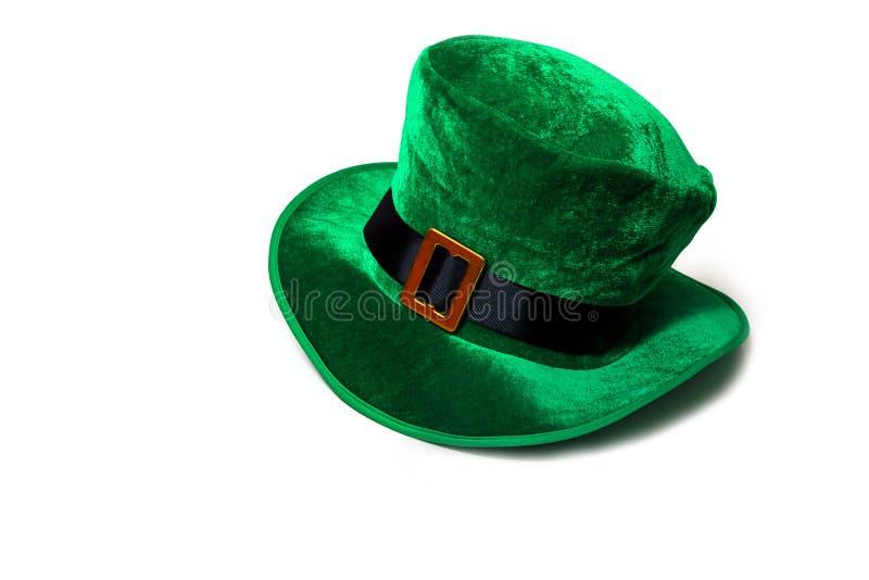 圣帕特里克` s天服装帽子妖精假日绿色苏格兰男用短裙礼物爱尔兰语栓心脏棕色3月 库存照片