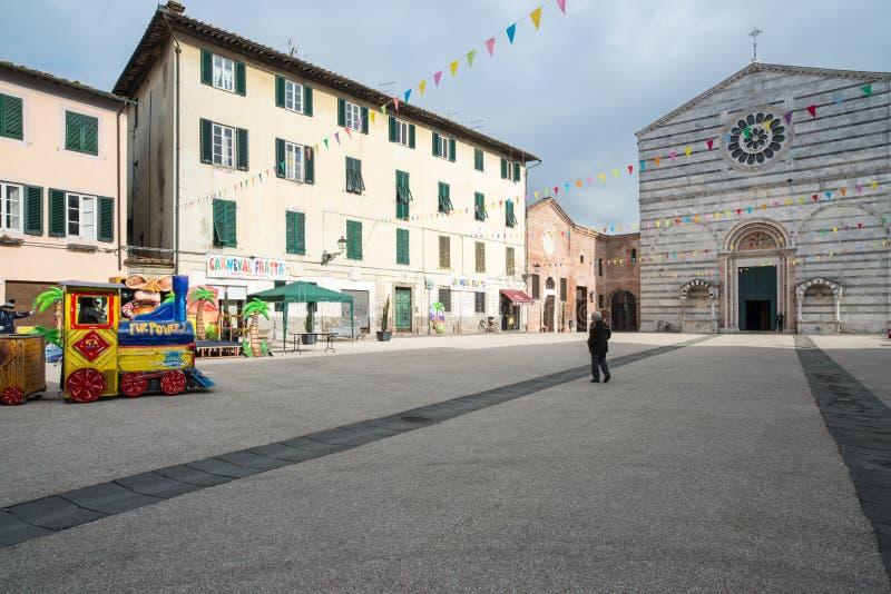 圣弗朗西斯卢卡托斯卡纳意大利欧洲的正方形 免版税库存照片