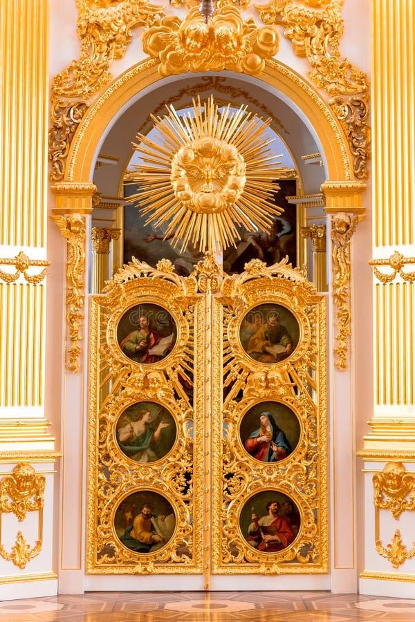 圣彼得堡,俄罗斯- 2017年5月12日:状态偏僻寺院冬宫的内部在圣彼德堡,偏僻寺院是 免版税库存图片