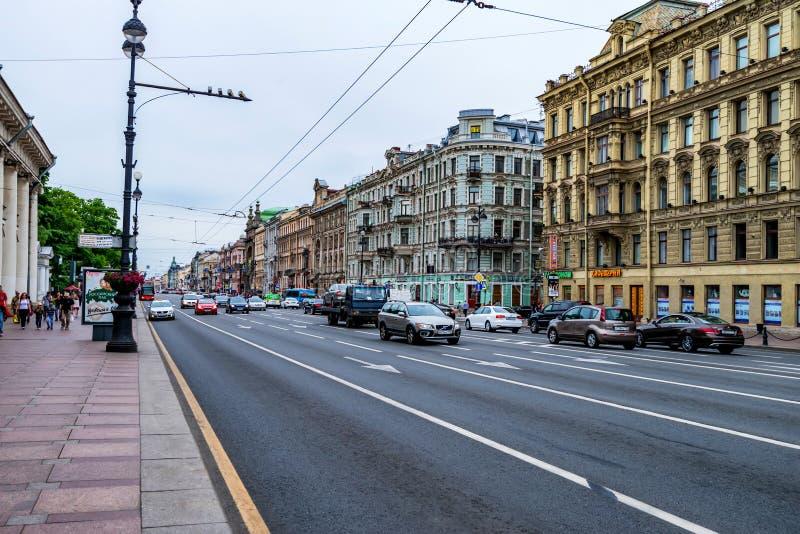 圣彼得堡- 2015年6月14日:涅夫斯基远景看法在StPetersburg 免版税图库摄影