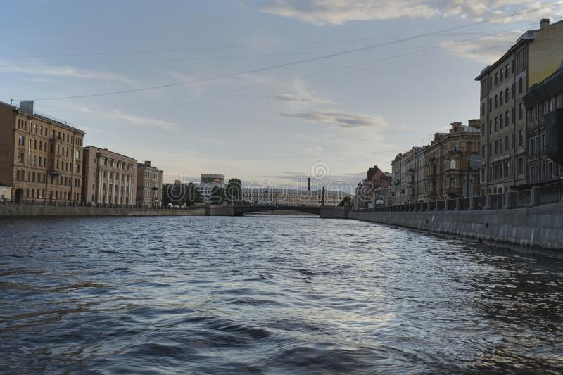 圣彼德堡河和运河的河游览  库存照片