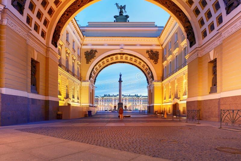 圣彼德堡,俄罗斯-冬宫,偏僻寺院M的房子 免版税库存照片