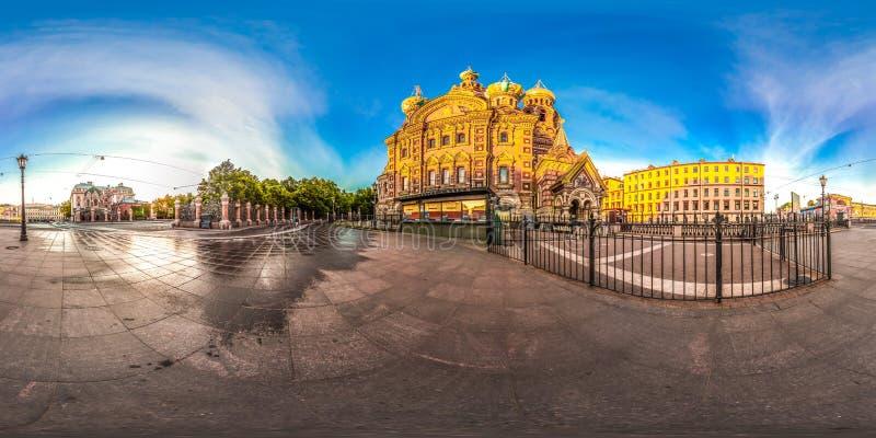 圣彼德堡- 2018年:救主的教会血液的 空白的晚上 蓝天 3D有360视角的球状全景 读 免版税库存图片