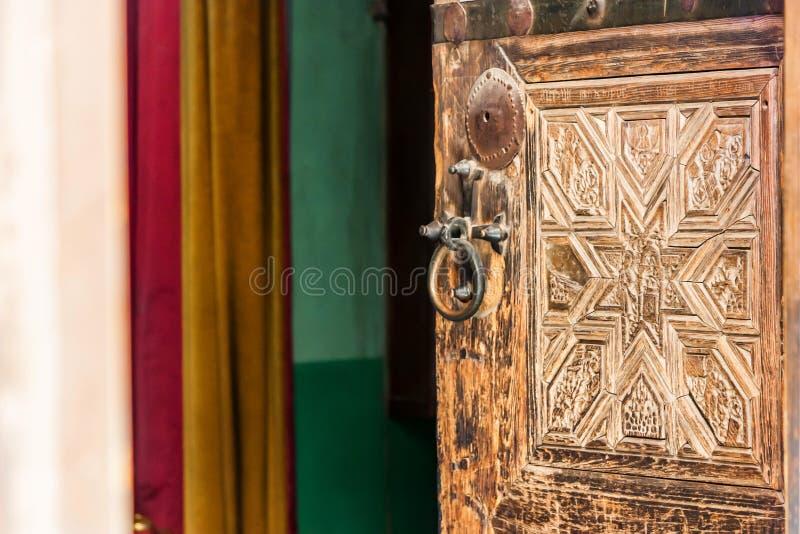 圣徒凯瑟琳` s修道院,埃及的老门 免版税库存照片