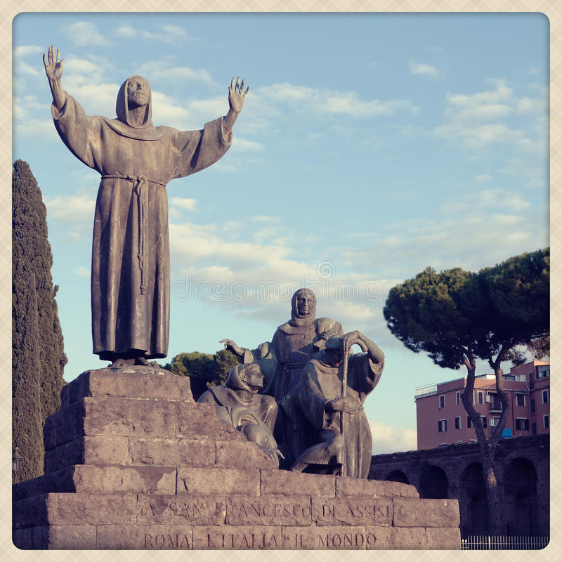 圣徒弗朗西斯雕象 库存照片