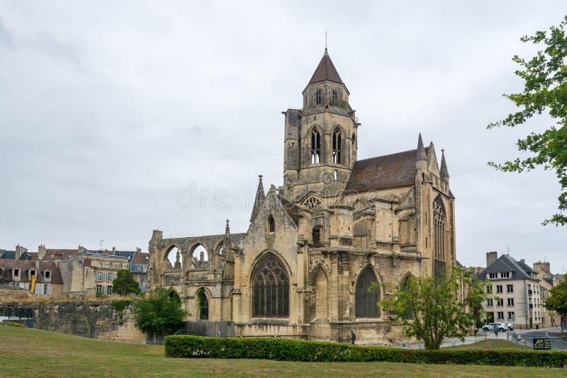 圣徒艾蒂安leVieux Church在凯恩 免版税库存照片