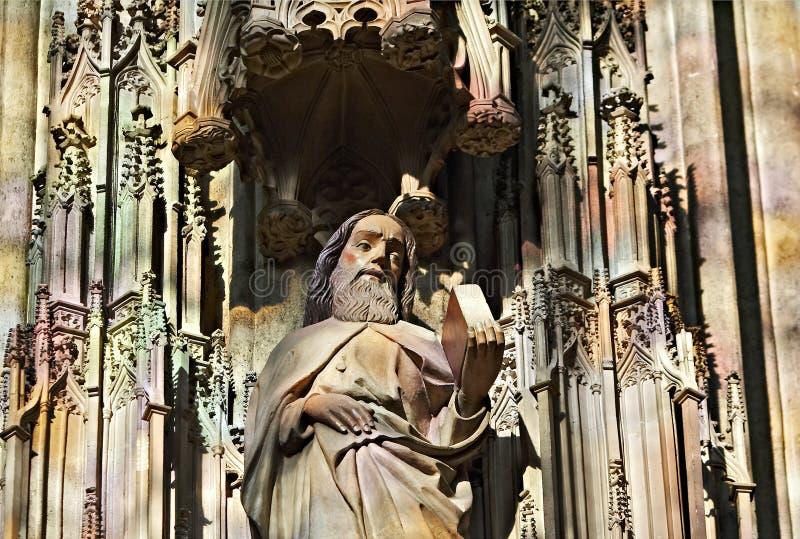 圣徒雕象 库存照片