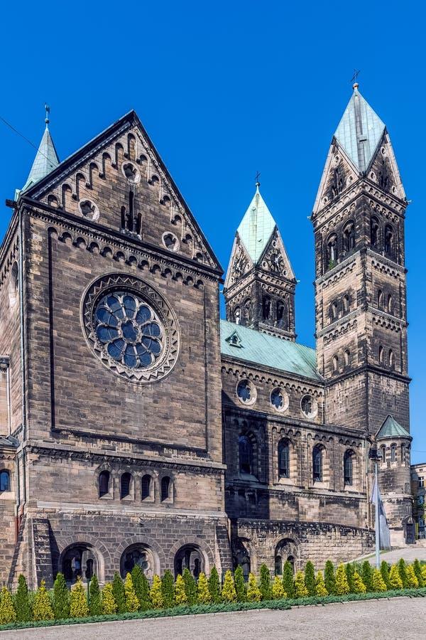 圣徒风信花教区教堂在比托姆 免版税库存照片