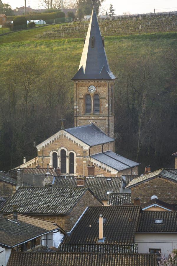 圣徒Julien,博若莱红葡萄酒,法国村庄的教会  库存图片