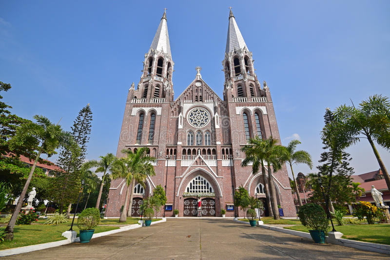 圣徒Marys大教堂前面门面在仰光缅甸 图库摄影