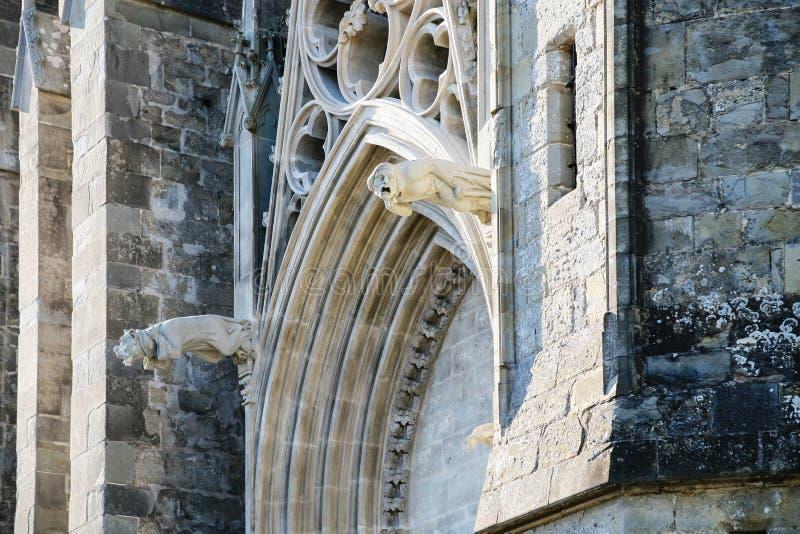 圣徒Nazarius和Celsus大教堂门户  免版税库存照片