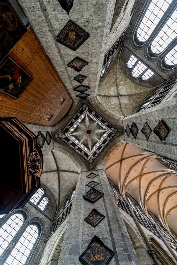 圣徒Nicholaus教会在绅士古城的中心 库存图片
