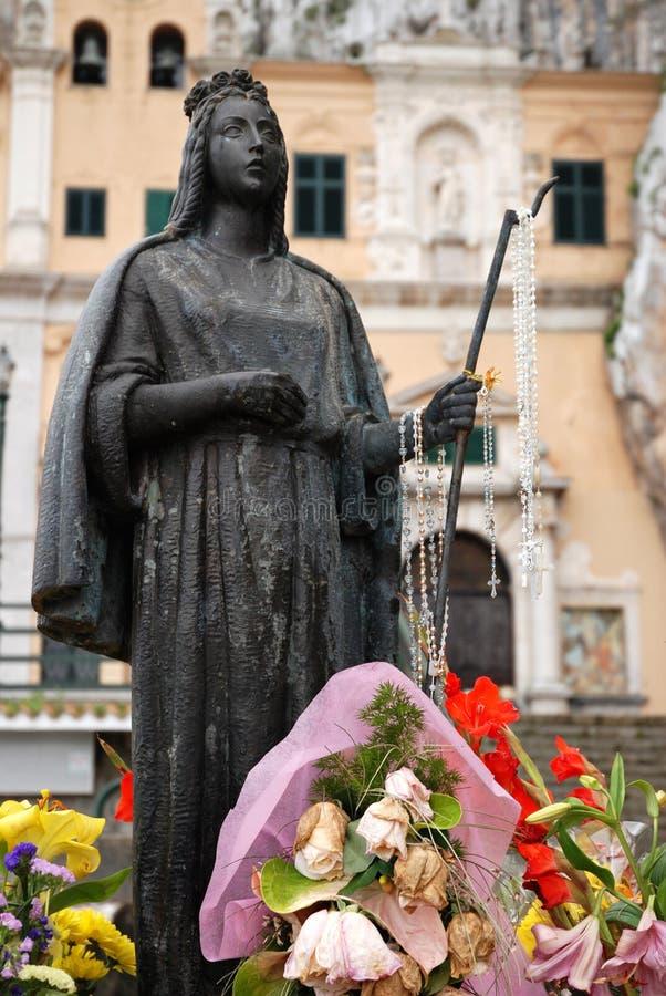 圣徒Rosalia雕象  库存图片