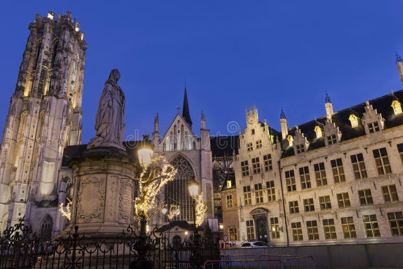 圣徒Rumbold的大教堂在梅赫伦在比利时 库存图片