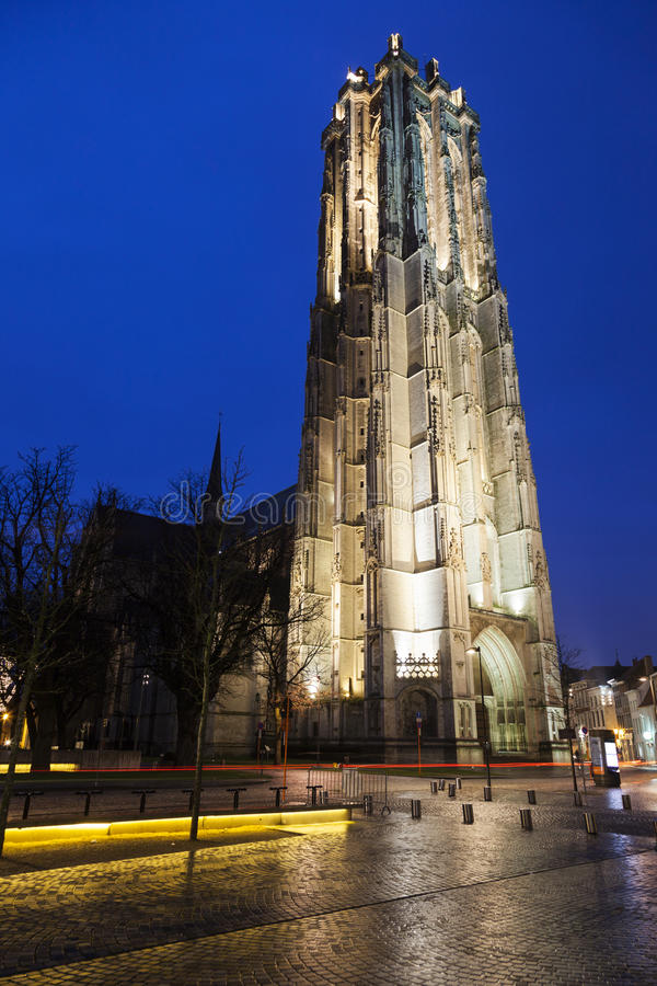 圣徒Rumbold的大教堂在梅赫伦 库存图片