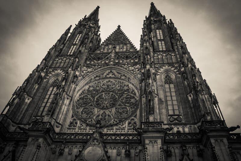 圣徒Vitus大教堂在布拉格的历史的中心 免版税库存图片