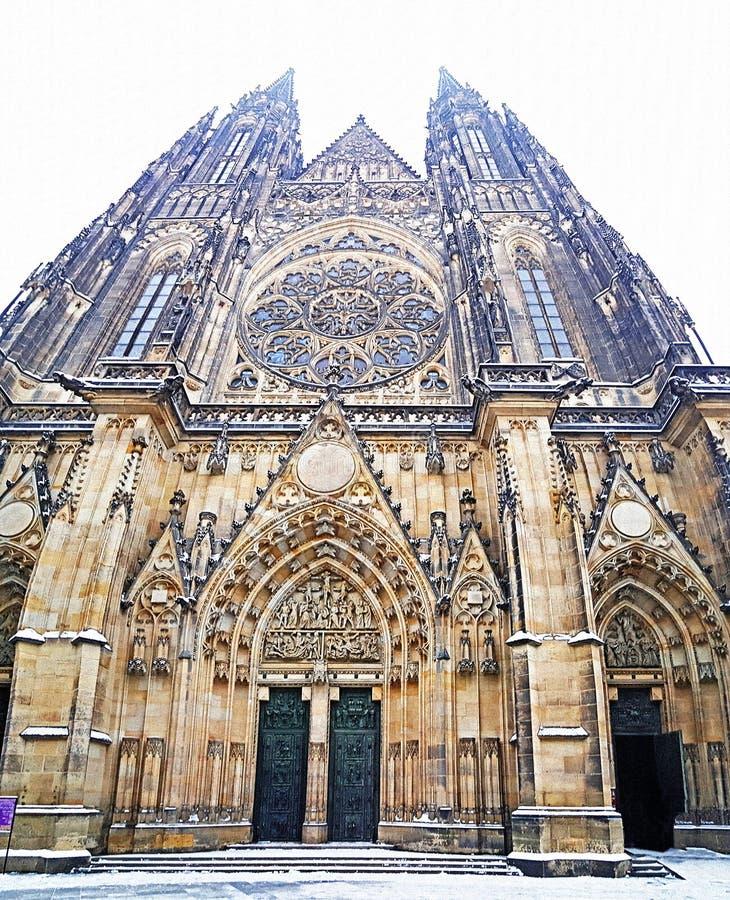 圣徒vitus大教堂的入口布拉格城堡的 库存图片
