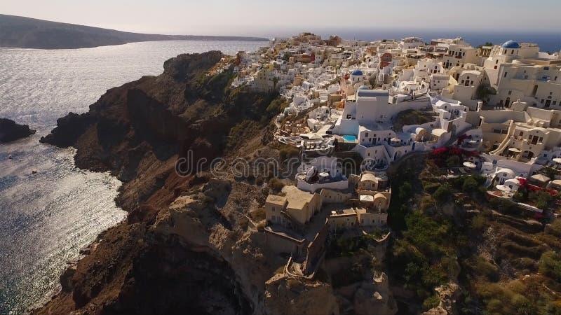 圣托里尼海岛,基克拉泽斯,希腊空中寄生虫照片  库存图片