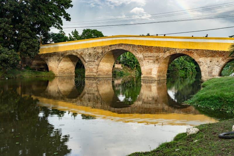圣斯皮里图斯市桥梁 免版税图库摄影