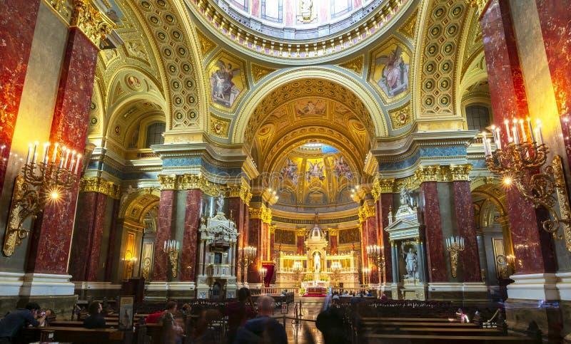 圣斯蒂芬的大教堂内部,布达佩斯,匈牙利 免版税库存图片