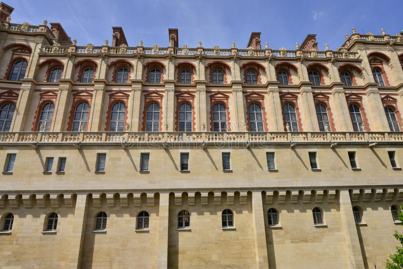 圣日耳曼en Laye,法国-可以2 2016年:历史老塑象 库存照片