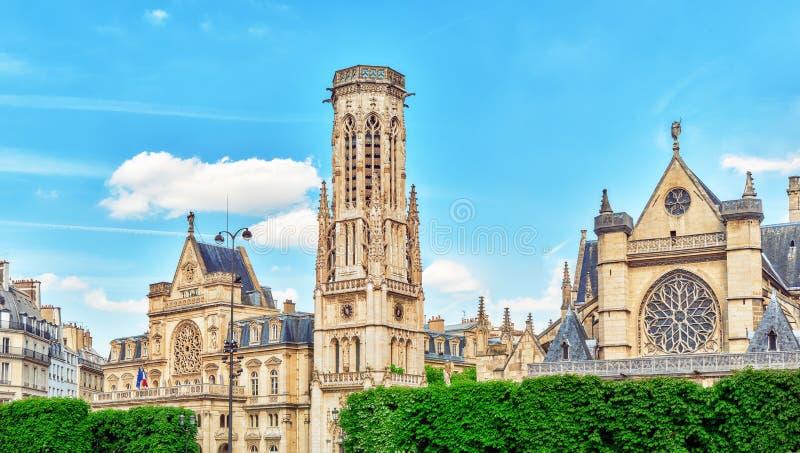 圣日耳曼l'Auxerrois教会在罗浮宫附近位于 库存图片