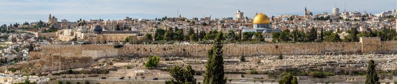 圣殿山,岩石和Al Aqsa清真寺的圆顶在耶路撒冷,以色列 免版税库存照片