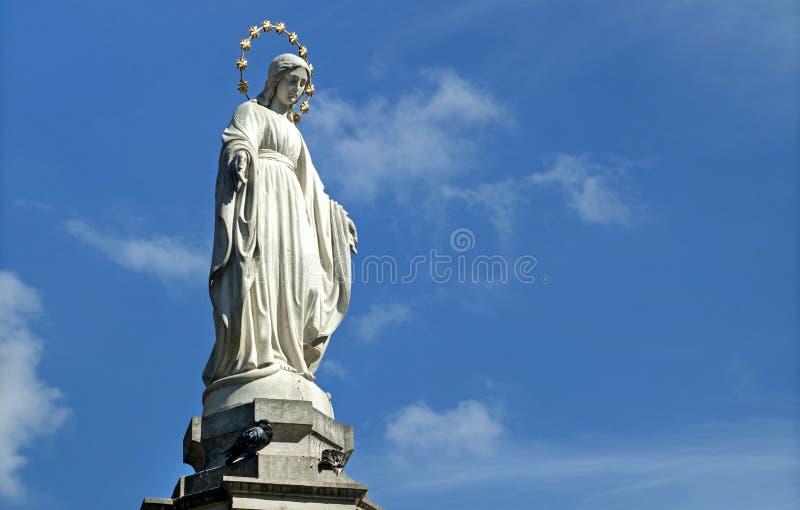 圣母玛丽亚(上帝的母亲雕象) 免版税图库摄影