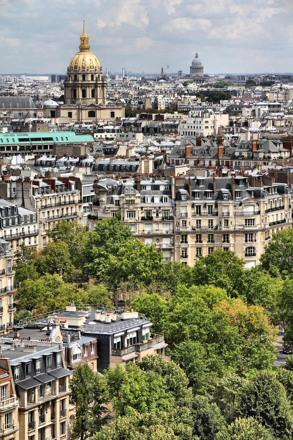 从巴黎圣母院的巴黎地平线 免版税库存照片