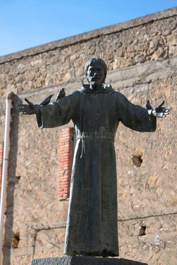 圣法兰西斯雕象  免版税库存图片