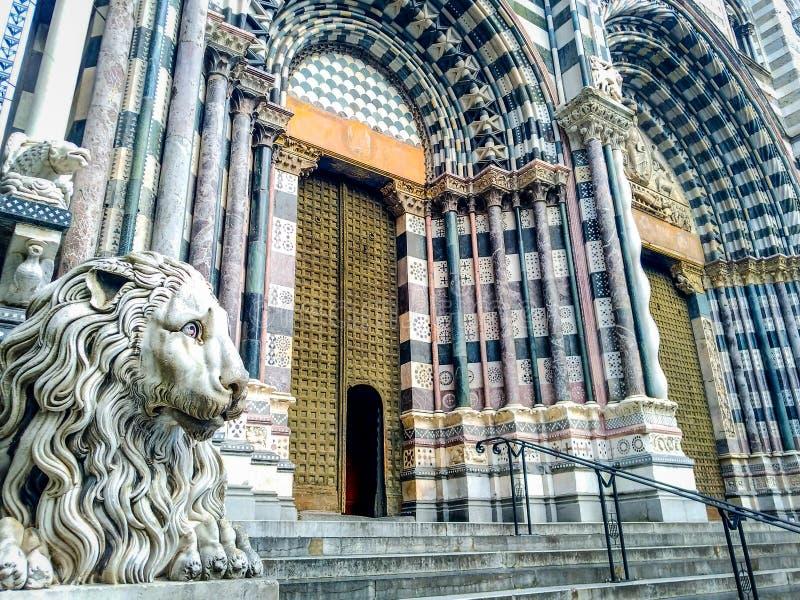 圣洛伦佐大教堂的装饰在热那亚 免版税库存图片