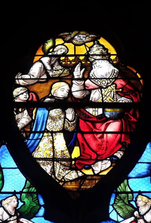 圣父通过加冠由天使的维尔京 库存照片