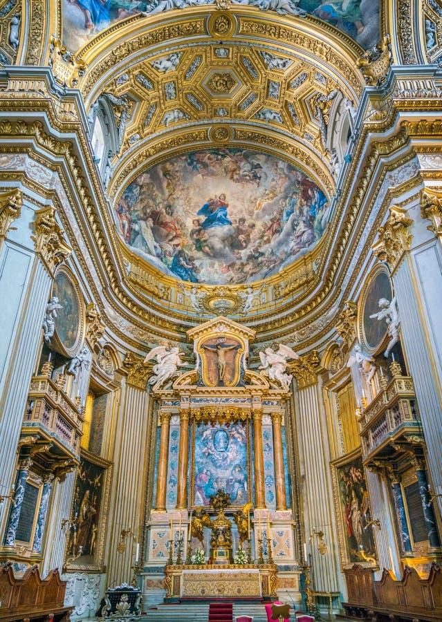 圣玛丽亚教会的主要法坛Vallicella或基耶萨的Nuova,在罗马,意大利 免版税库存图片