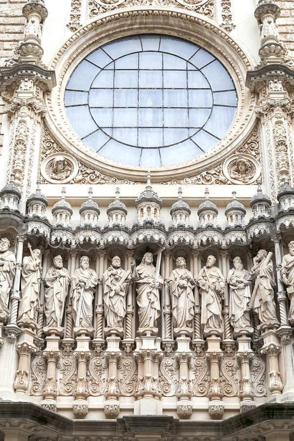 圣玛丽亚de蒙特塞拉特修道院,卡塔龙尼亚,西班牙门面  库存照片